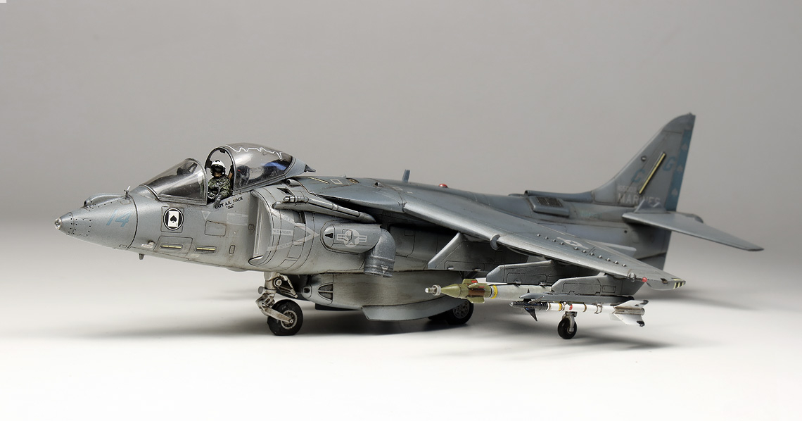 AV 8B Harrier II 13