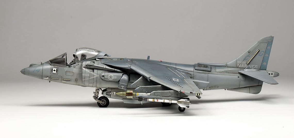AV 8B Harrier II 14